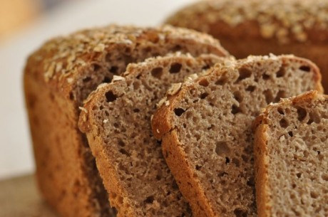 Recept na žitný chléb z domácí pekárny